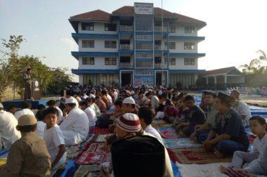 Wujudkan Anak Sholih Maknai Kebersamaan Sholat Idul Adha